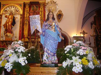 Fiesta para la Virgen de la Aurora