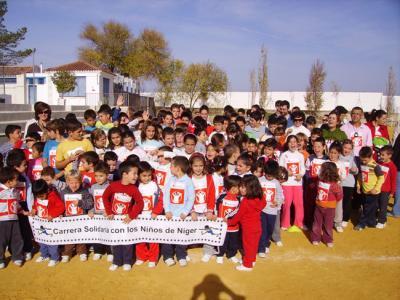 Carrera solidaria del Colegio de Valenzuela.