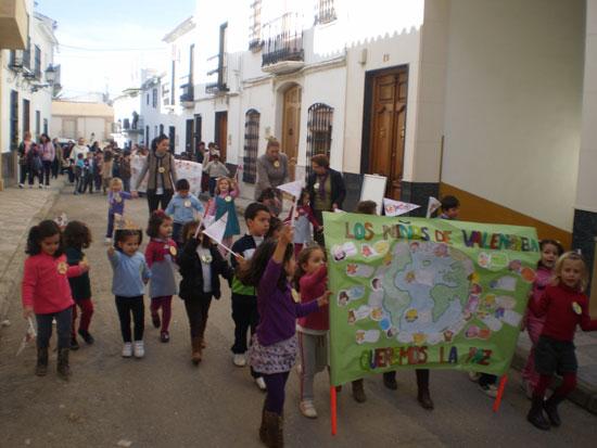 El Colegio organiza la 'Marcha por la Paz'
