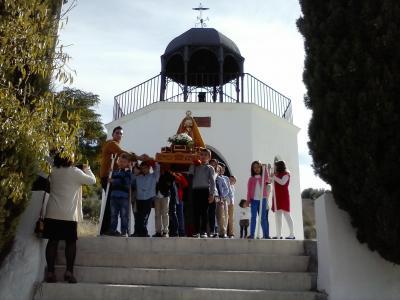 -La Virgen del Calvario regresa a su ermita.
