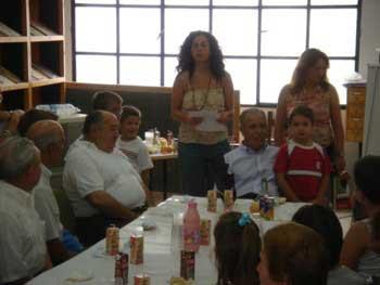 Encuentro intergeneracional en la Bibioteca Pública